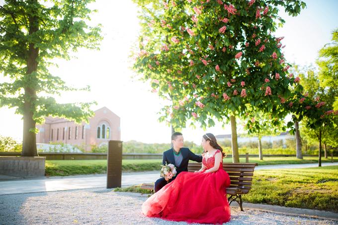 Ảnh cưới của nữ CEO quê Điện Biên và chàng giảng viên trường Cambridge