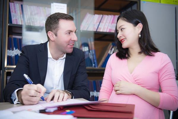 Vợ chồng Lan Phương đăng ký kết hôn tại Hà Nội, hôm 14/5.