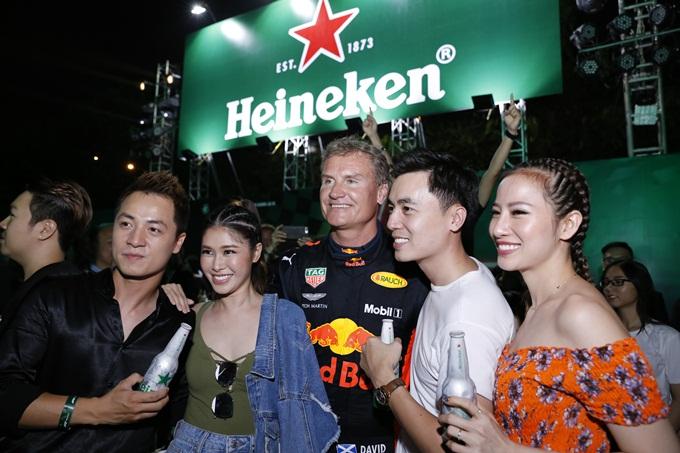 Mới đây, Heineken tổ chức sự kiện Trải nghiệm hoàn hảo cùng F1 nhằm lan tỏa thông điệp Đã uống rượu bia thì không lái xe với sự góp mặt của huyền thoại David Coulthard và đội xe đua F1 - Aston Martin Red Bull. Sự kiện thu hút loạt sao Việt đam mê cuồng nhiệt môn thể thao tốc độ như Victor Vũ, Lê Hiếu, Hứa Vỹ Văn Văn, Cường Seven...