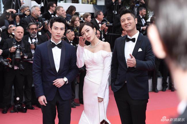 Loạt mỹ nhân Trung Quốc lăng xê mốt ngực phẳng trên thảm đỏ Cannes - 9