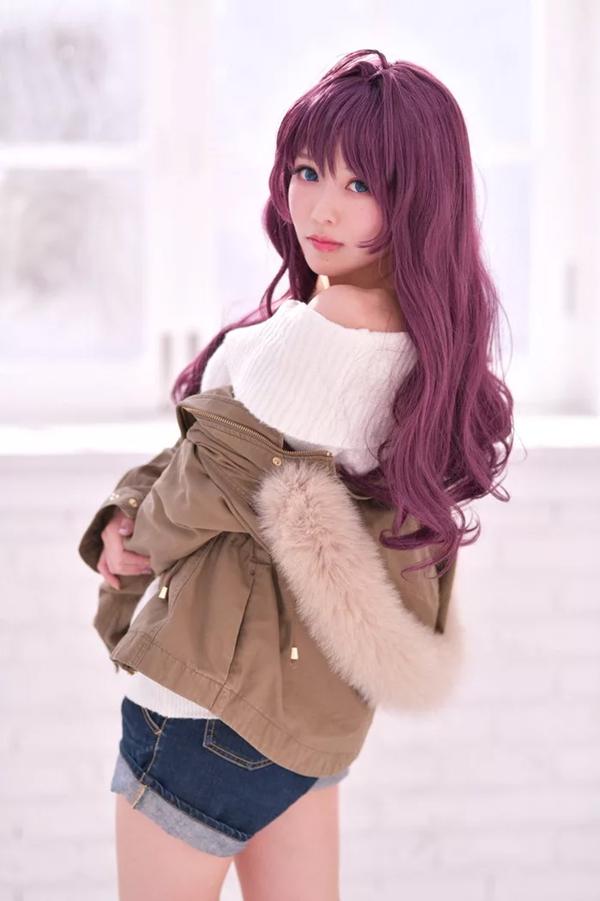 Meji có đôi mắt to, sống mũi cao thanh tú và khuôn mặt nhỏ nhắn, đúng chuẩn các cô gái bước ra từ trong truyện tranh Nhật.