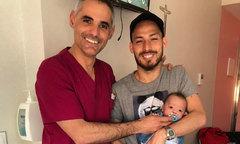 Con trai sinh non của David Silva về nhà sau 5 tháng nằm viện