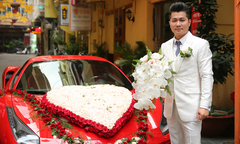 Lâm Vũ đi rước vợ hoa hậu bằng xe hơi 15 tỷ và dàn mô tô 'khủng'