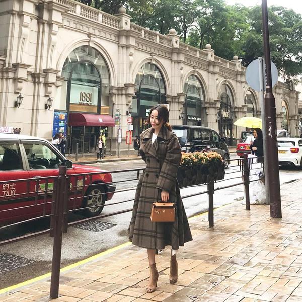 Bella Jay là bà mẹ một con nổi tiếng trên mạng xã hội tại Hàn Quốc. Không chỉ sở hữu cuộc sống xa