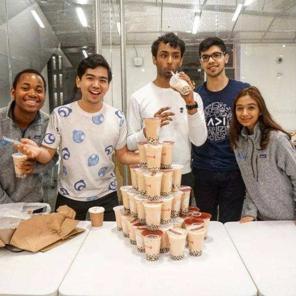 Lamba tài trợ đồ uống cho các sự kiện sinh viên để quảng bá trà sữa tại các trường ĐH Mỹ. Ảnh:Gong Cha.