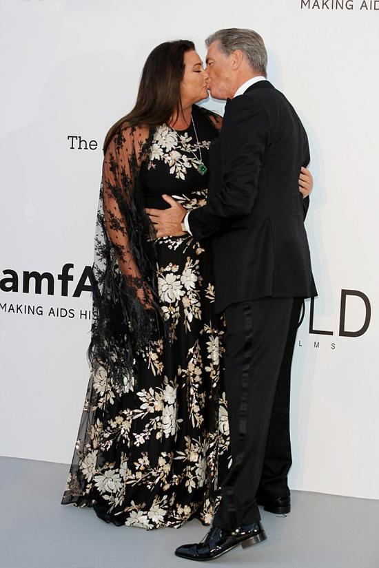 Vợ chồng nam diễn viên khiến mọi người ngưỡng mộ vì tình cảm thắm thiết dành cho nhau sau hơn 20 năm chung sống.