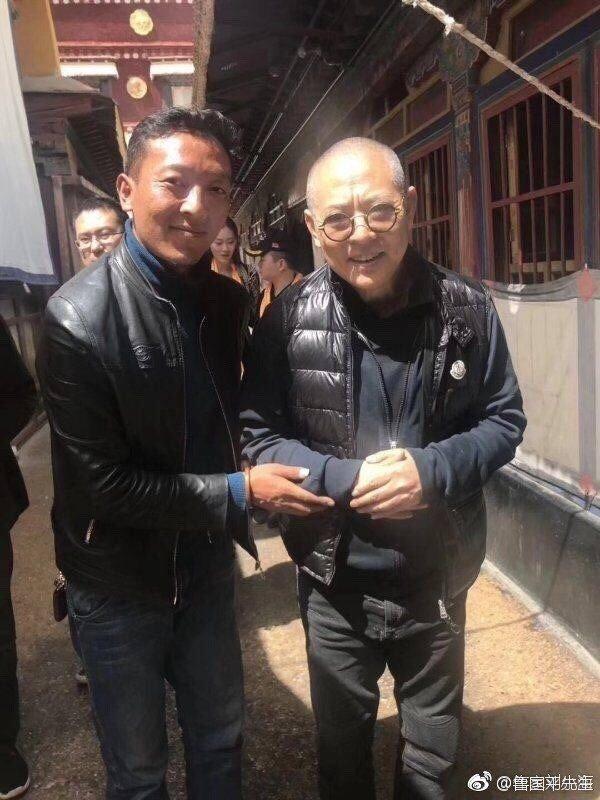 Lý Liên Kiệt (phải) tại sự kiện ở Tây Tạng mới đây.