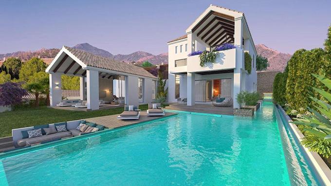 Bể bơi ngoài trời ngay dưới chân biệt thự.