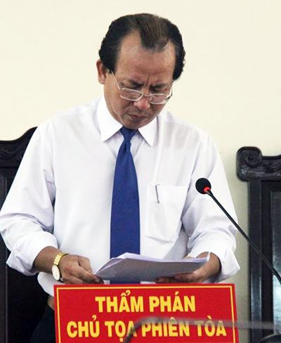 Đình chỉ nhiệm vụ thẩm phán tuyên án treo cho Nguyễn Khắc Thủy