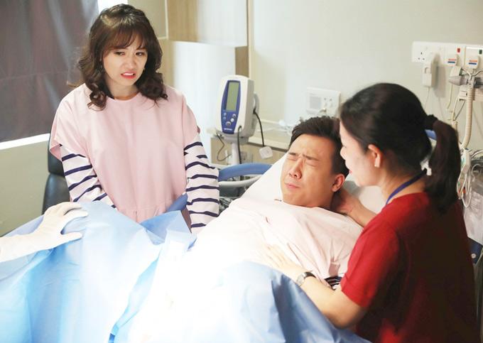 Hari Won ghê răng trước cảnh Trấn Thành đau chết đi sống lại trên bàn đẻ.Chương trình Khi đàn ông mang bầu phát sóng vào 20h30 thứ năm hàng tuần trên Đài truyền hình Việt Nam, bắt đầu từ ngày 24/5.