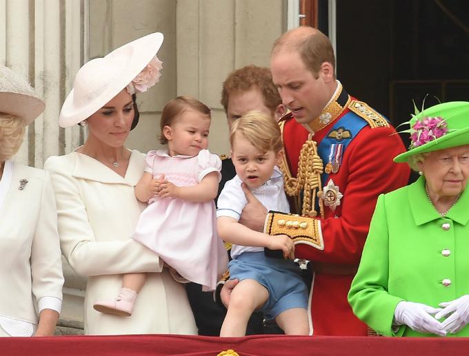 Gia đình Hoàng tử William trong lễ mừng sinh nhật lần thứ 90 của Nữ hoàng Anh.