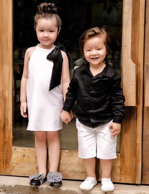 Hai thiên thần nhỏ nhà Elly Trần