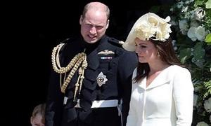 Công nương Kate diện lại váy cũ đi dự đám cưới em chồng
