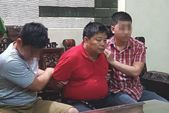 Ông trùm ma túy xứ Lạng, Triệu Ký Vòong bị công an bắt tại nhà ngày 16/5.