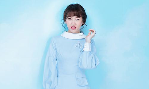 Hari Won gợi ý mặc đẹp cùng tông màu thanh nhã
