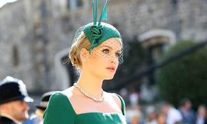 Cháu gái Công nương Diana gây chú ý tại đám cưới Hoàng tử Harry