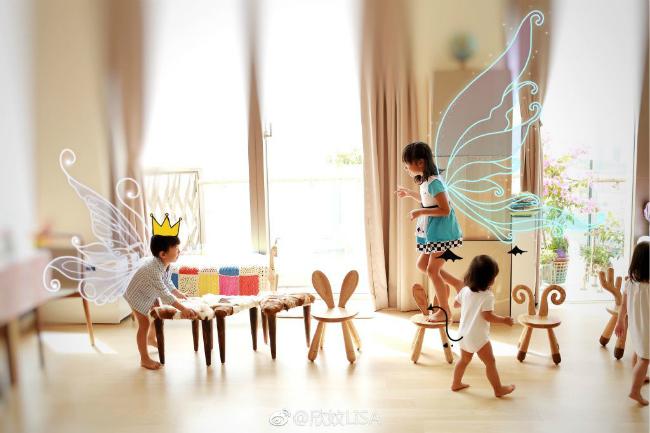 Vợ chồng Trần Hạo Dân và 4 con tận hưởng tiệních sốngtrong căn hộ áp mái - 14