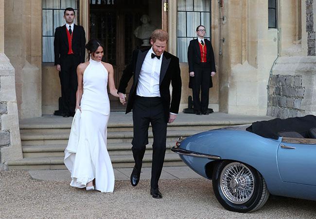Tiểu sử của Meghan được công bố trên trang web hoàng gia Anh sau đám cưới. Ảnh: Hello.