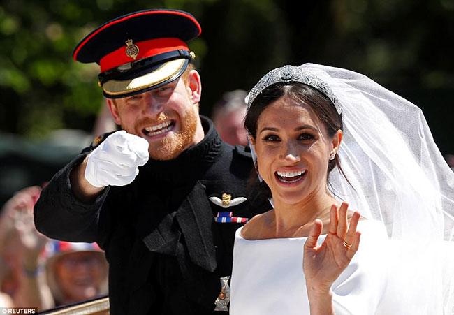 Meghan Markle và Hoàng tử Harry tổ chức lễ cưới hôm 19/5. Ảnh: Reuters.