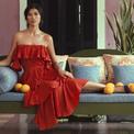 Người mẫu Trang Lạ tạo dáng trong biệt thự triệu đô