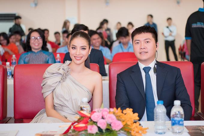 Phạm Hương đã có nhiều kinh nghiệm chấm các cuộc thi nhan sắc lớn nhỏ nên rất tự tin.