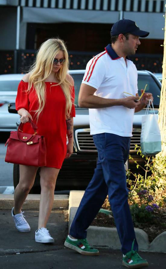 Avril hẹn hò con trai tỷ phú từ đầu năm nay.