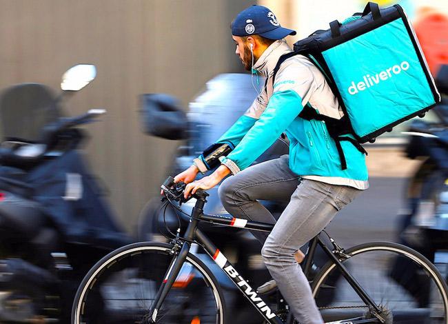 Dịch vụ giao thức ăn trực truyến Deliveroo có mặt tại hơn 12 quốc gia. Ảnh:Business Insider.