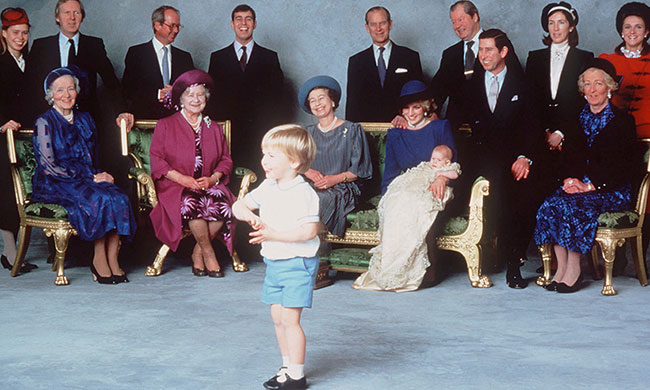 Công nương Diana và các thành viên hoàng gia trong lễ rửa tội Hoàng tử Harry năm 1984. Ảnh: Hello.