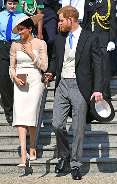 Vợ chồng Hoàng tử Harry sánh đôi bên sự kiện đầu tiên sau đám cưới. Ảnh: PA.