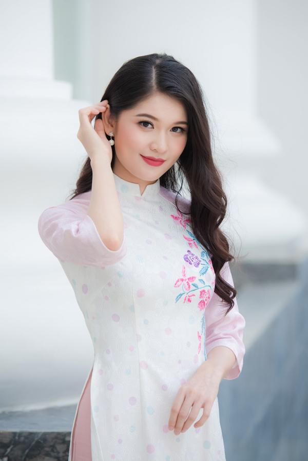Huyền My, Thùy Dung - 3