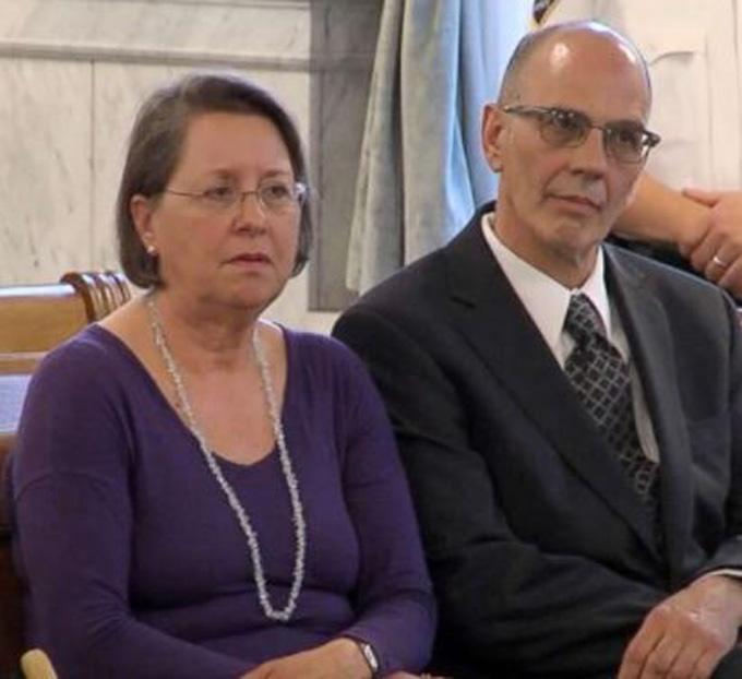 Bà Christina và chồng, ông Mark Rotondo. Ảnh:WSYR.