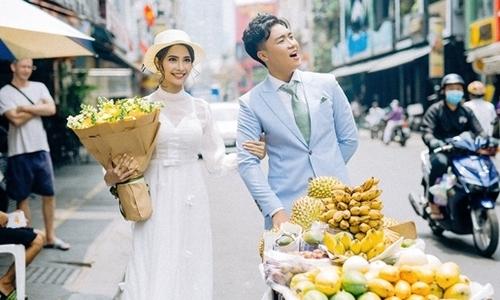 """Tiểu thư Sài thành trúng """"tiếng sét ái tình"""" với chàng trai bán hoa quả"""