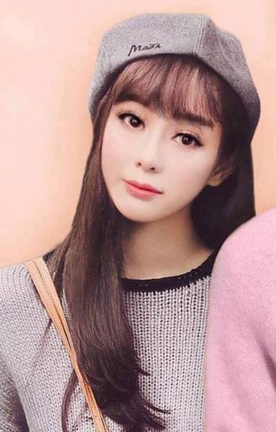 Lâm Khánh Chi được nhiều fan ủng hộ khi trang điểm theo phong cách nữ sinh.