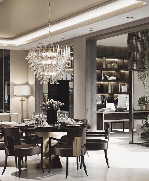 Các chi tiết trong căn nhà phố được chăm chút tỉ mỉ. Bàn ăn sang trọng, bày biện cầu kỳ không kém ở các nhà hàng, khách sạn 5 sao.