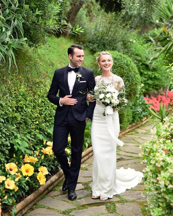 Matthew Lewis quyến rũ trong ngày cưới.