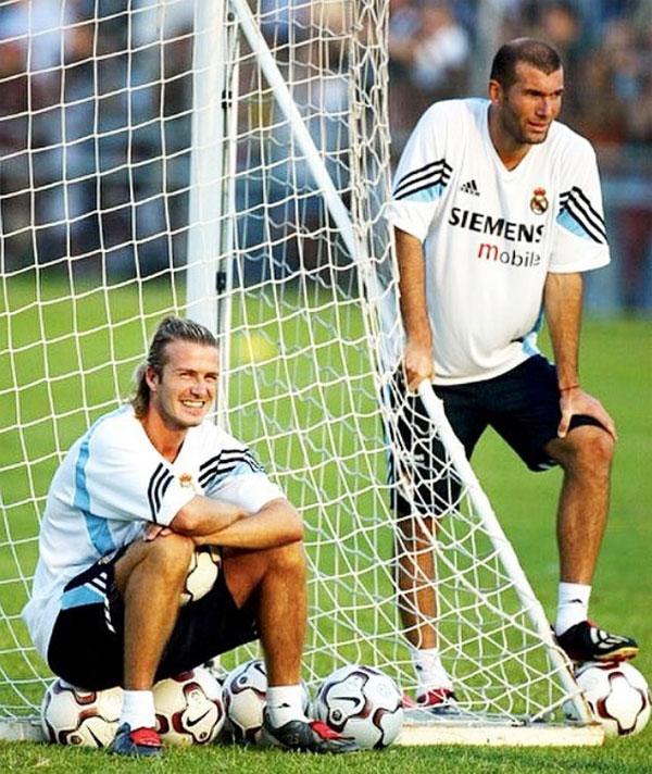 Cậu hai nhà Becks khoe quà độc từ Zidane - 2