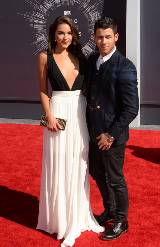 Bạn gái cũ của Nick Jonas là Hoa hậu Hoàn vũ Olivia Culpo.