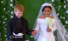 Ảnh cưới Harry - Meghan phiên bản mẫu nhí Mỹ