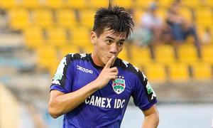 Tiền đạo trẻ Tiến Linh ghi 4 bàn, Bình Dương thắng đậm CLB Sài Gòn