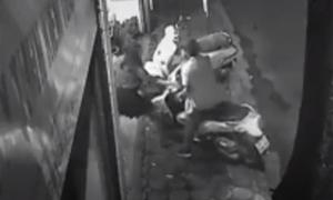 Tên trộm xe SH ở Hà Nội bỏ cuộc khi bị 5 cô gái chống trả