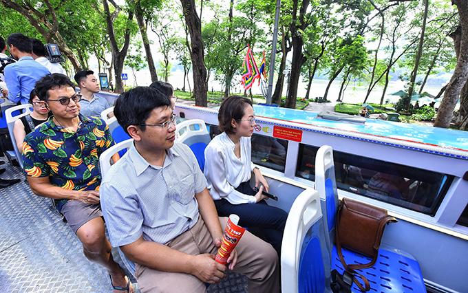 Đi bụi theo tour khám phá Hà Nội trong 24h - 2