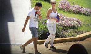 Nhóm 'siêu trộm' từng vào nhà Suarez bị bắt