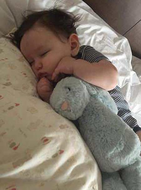 Bé Dylan vẫn đang được điều trị ở bệnh viện. Ảnh: Facebook.