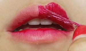 Tự làm son xăm để ăn bao lâu môi cũng không trôi màu