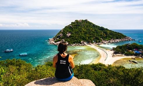 Hè này đi lặn ống thở giá bình dân ở đảo 'Điệp Sơn của Thái Lan'