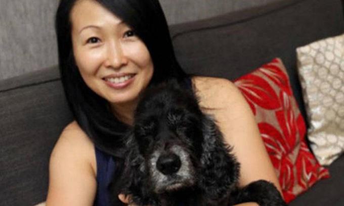 Huang Juan Li thấy số tiền mà cô bỏ ra để chữa bệnh cho chó cưng là hoàn toàn xứng đáng. Ảnh: Lianhe Wanbao.