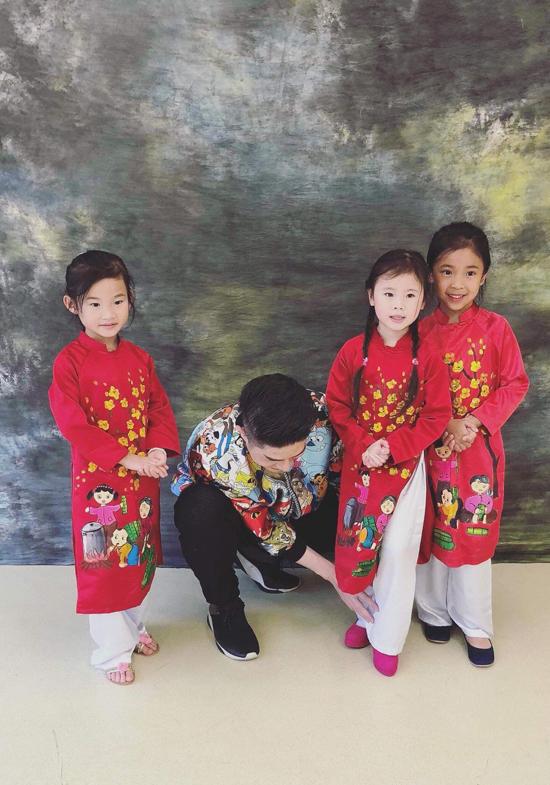 Đạo diễn Nguyễn Hưng Phúc dạy catwalk cho thiếu nhi tại Hong Kong - 5
