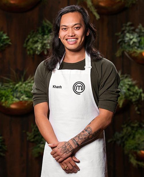 Khanh Ong hiện là DJ sinh sống và làm việc tại Melbourne. Anh gây chú ý khi tham gia cuộc thi đầu bếpAustralia Masterchef và trở thành đối thủ nặng ký.