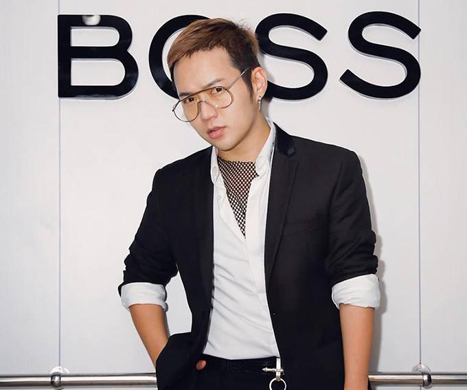 Nhà thiết kế Chung Thanh Phong.