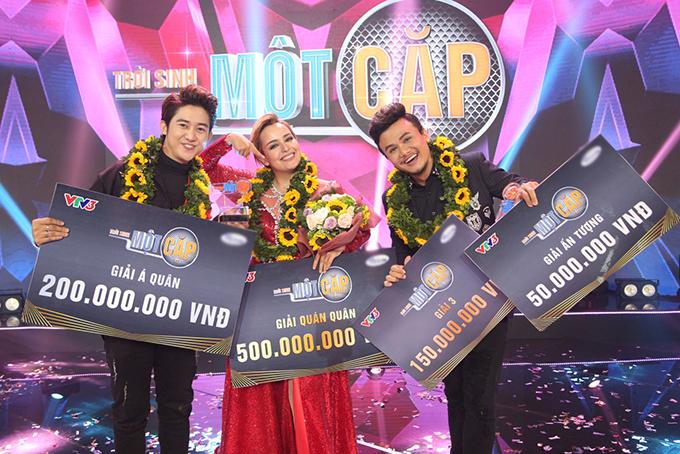 Ba thí sinh đoạt giải cao nhất của chương trình.